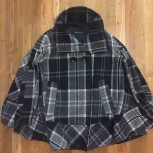 NWOT ZARA Elegant Cape Coat Tartan / Plaid Check